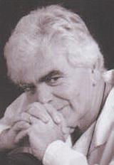 Πετρουλάκης, Άγγελος