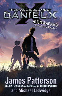 DANIEL X 1: THE DANGEROUS DAYS OF DANIEL X Paperback B FORMAT