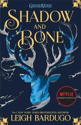 SHADOW AND BONE 1 Paperback