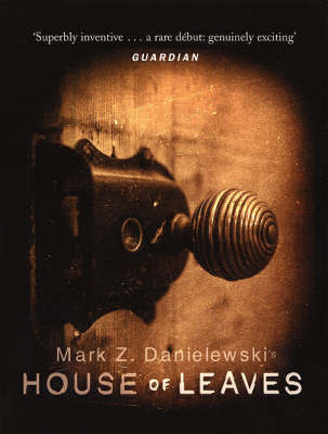 HOUSE OF LEAVES Paperback