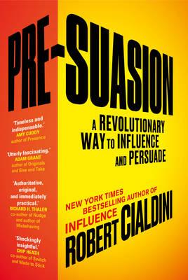PRE-SUASION  Paperback