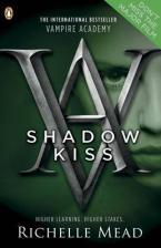 VAMPIRE ACADEMY 3: SHADOW KISS (GRAPHIC NOVEL) Paperback