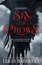 SIX OF CROWS  Paperback