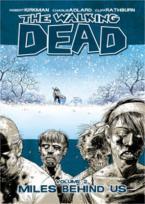 THE WALKING DEAD : MILES BEHIND US VOL.2 Paperback