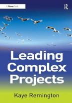 LEADING COMPLEX PROJECTS Paperback
