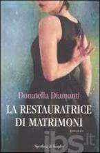 LA RESTAURATRICE DI MATRIMONI Paperback B FORMAT