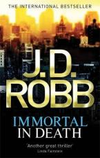 IMMORTAL IN DEATH Paperback