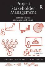 PROJECT STAKEHOLDER MANAGEMENT Paperback